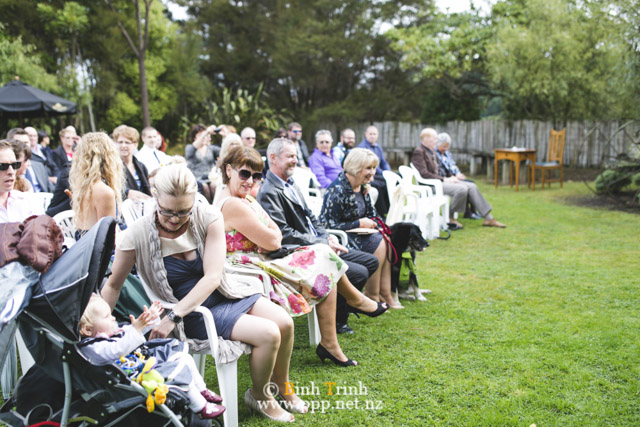 cat and cam wedding photos at makoura lodge 0083