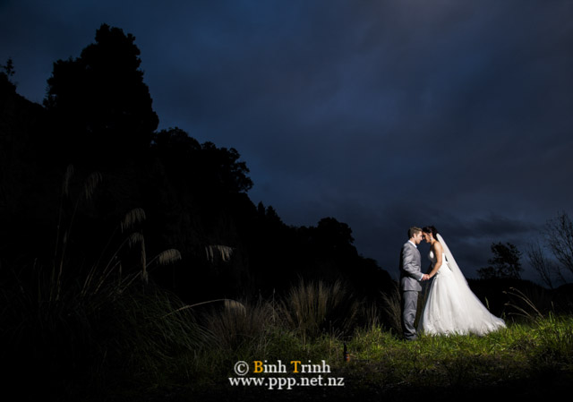 cat and cam wedding photos at makoura lodge 0175
