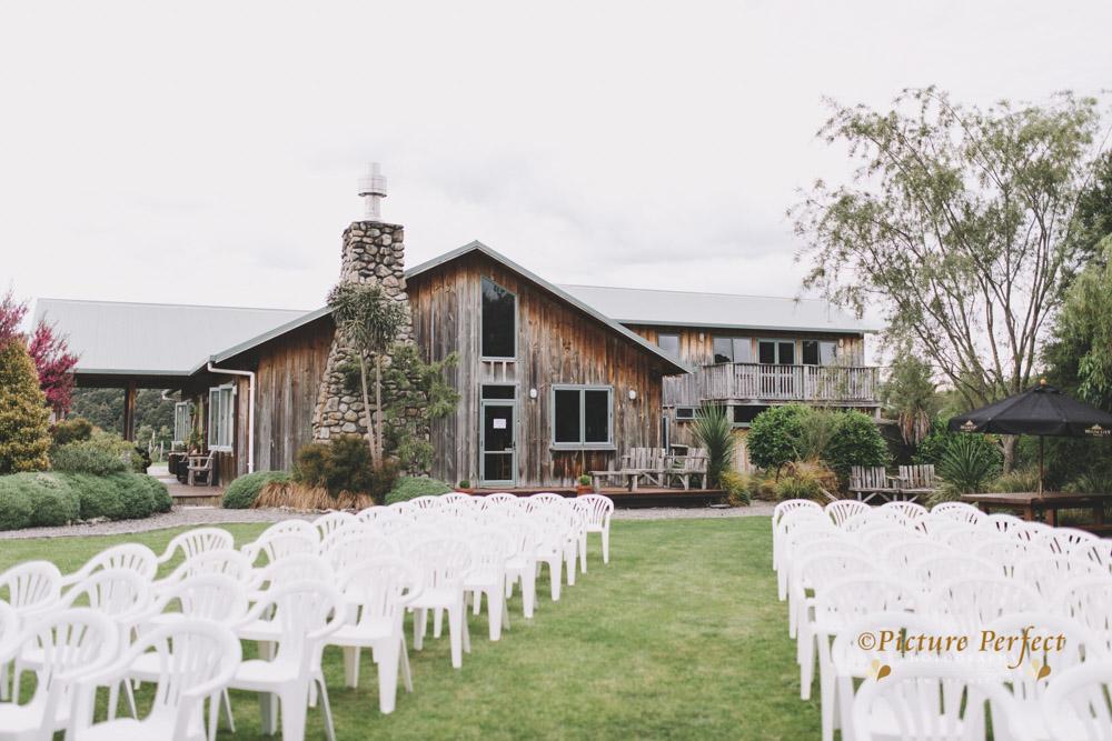 Nicki palmerston north wedding 0019