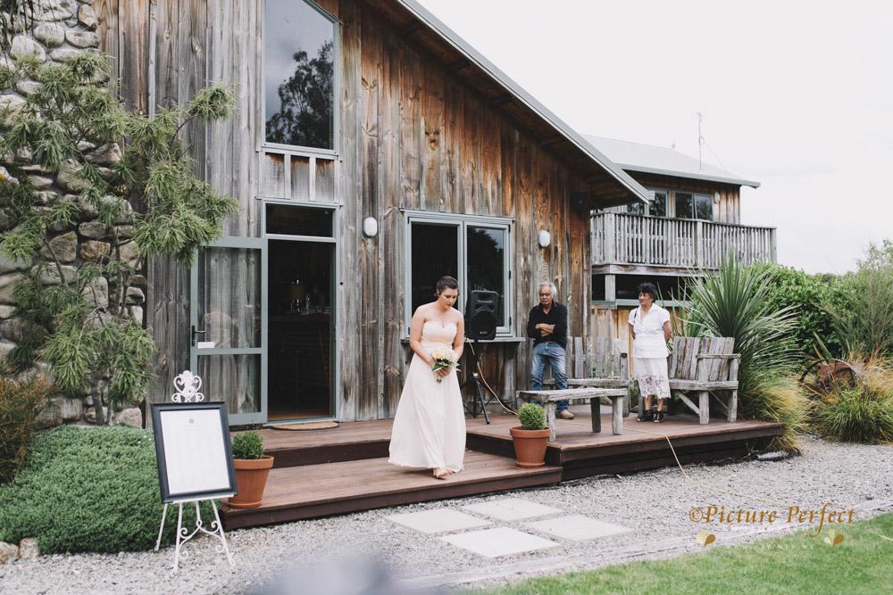 Nicki palmerston north wedding 0108