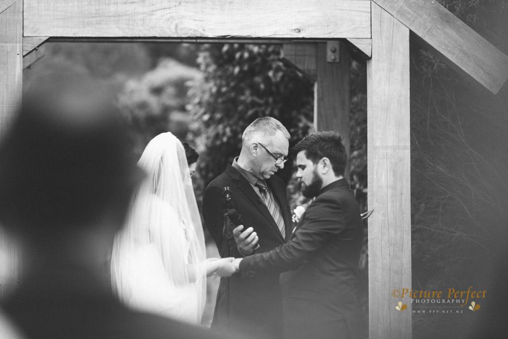 Nicki palmerston north wedding 0125