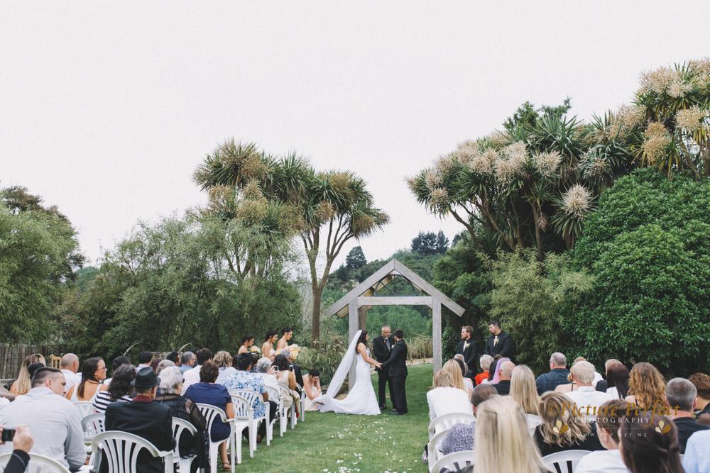 Nicki palmerston north wedding 0129