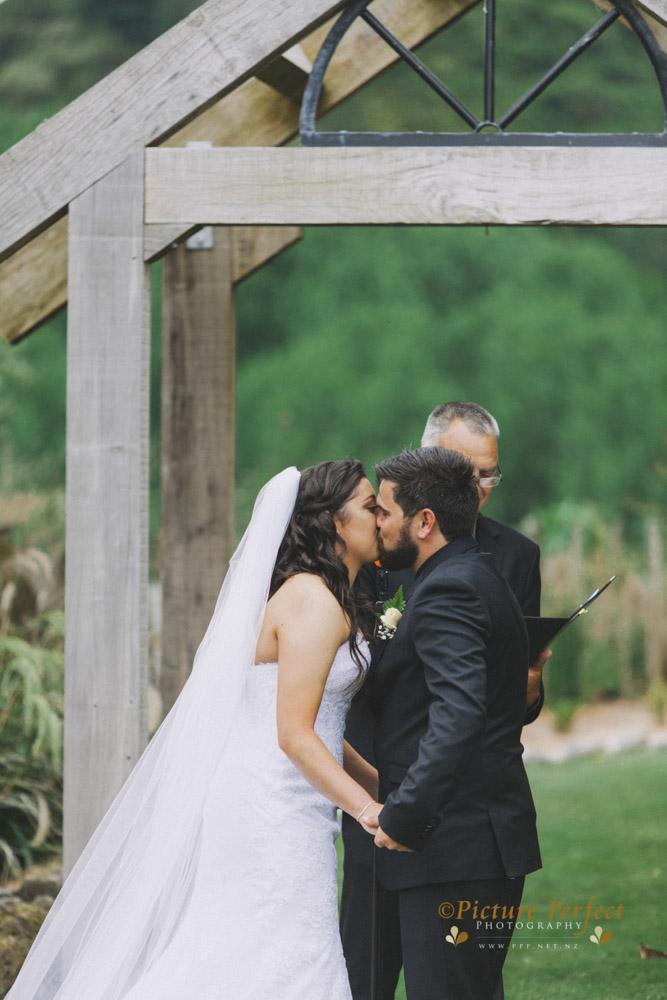Nicki palmerston north wedding 0130