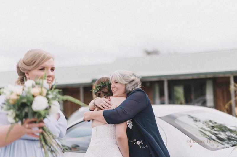 Makoura Lodge wedding photos Caitlin 0051