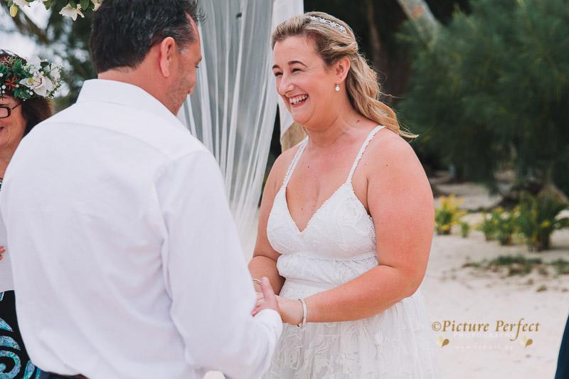 Rarotonga wedding photography Becca 0119
