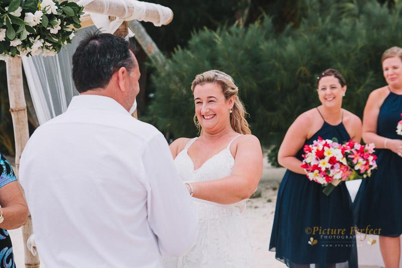 Rarotonga wedding photography Becca 0120