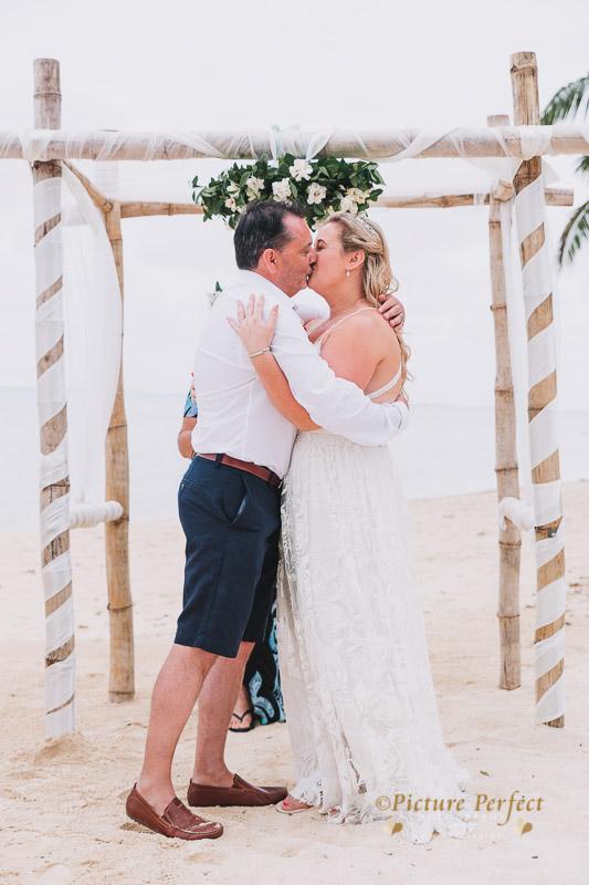 Rarotonga wedding photography Becca 0123