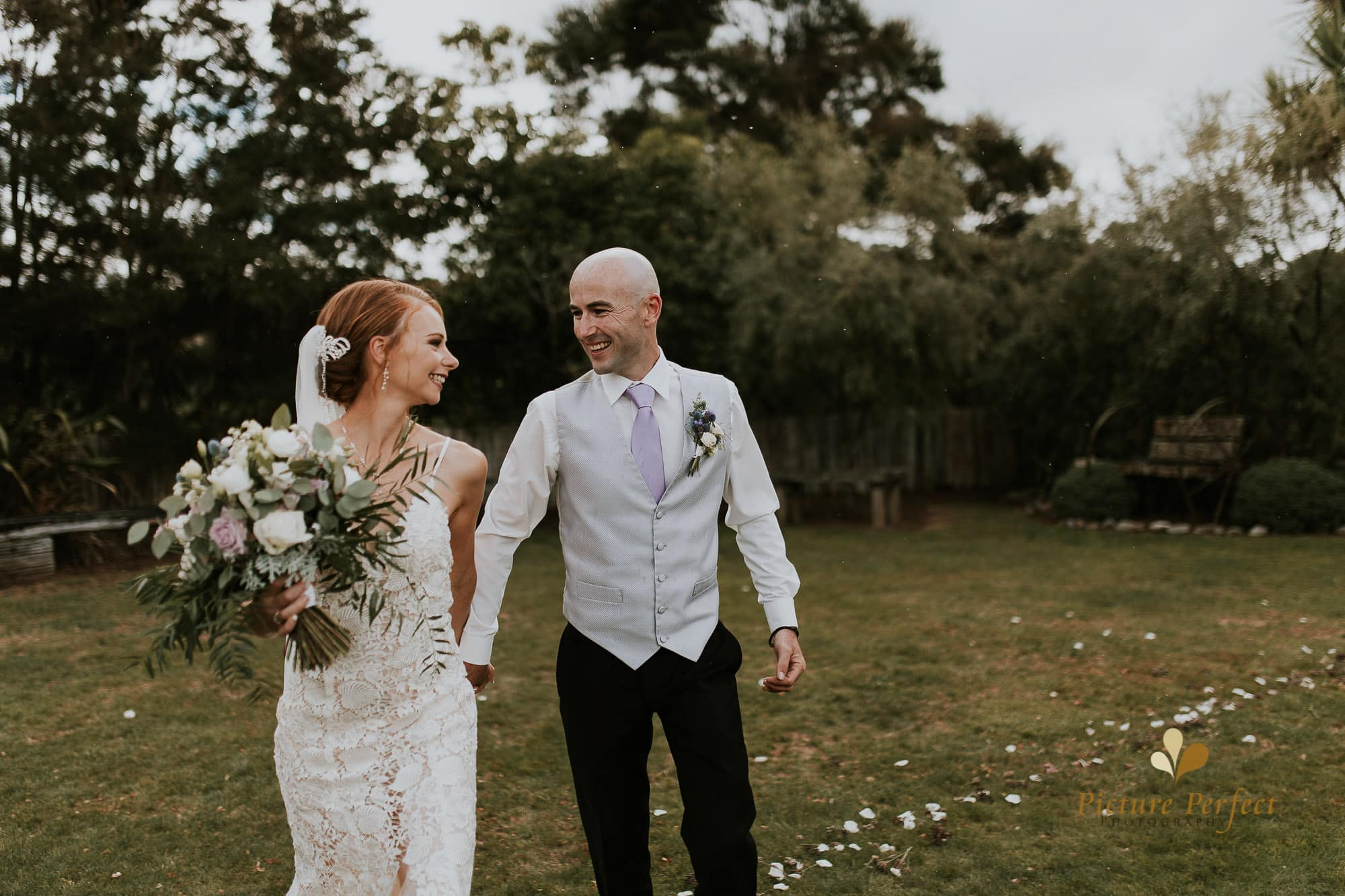 Freya and Matt fun wedding photography 0216