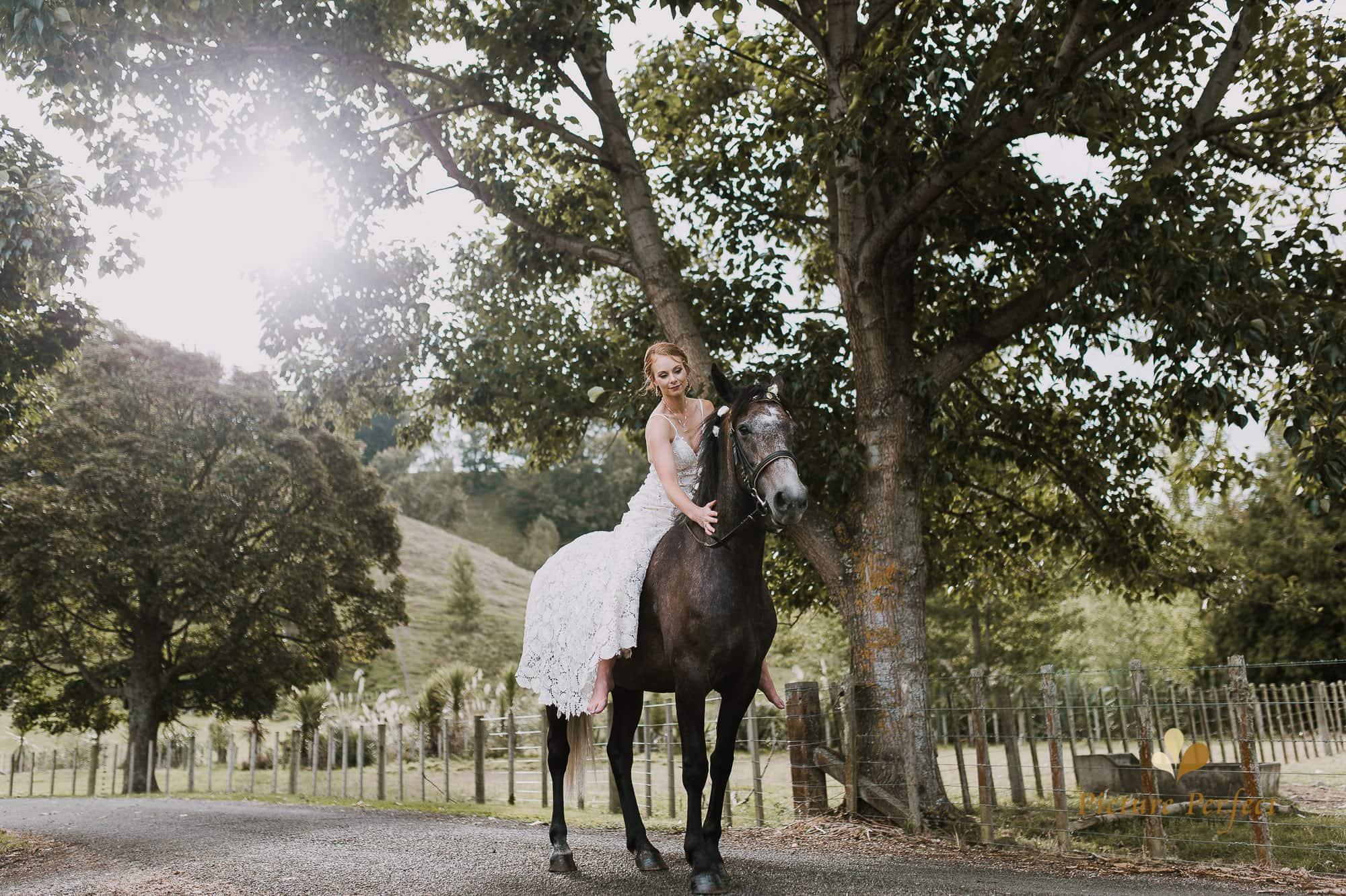 Freya and Matt fun wedding photography 0300