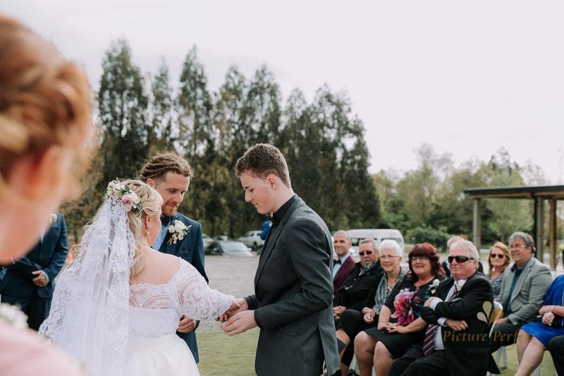Manawatu wedding image with Emma at Orlando Country 0107