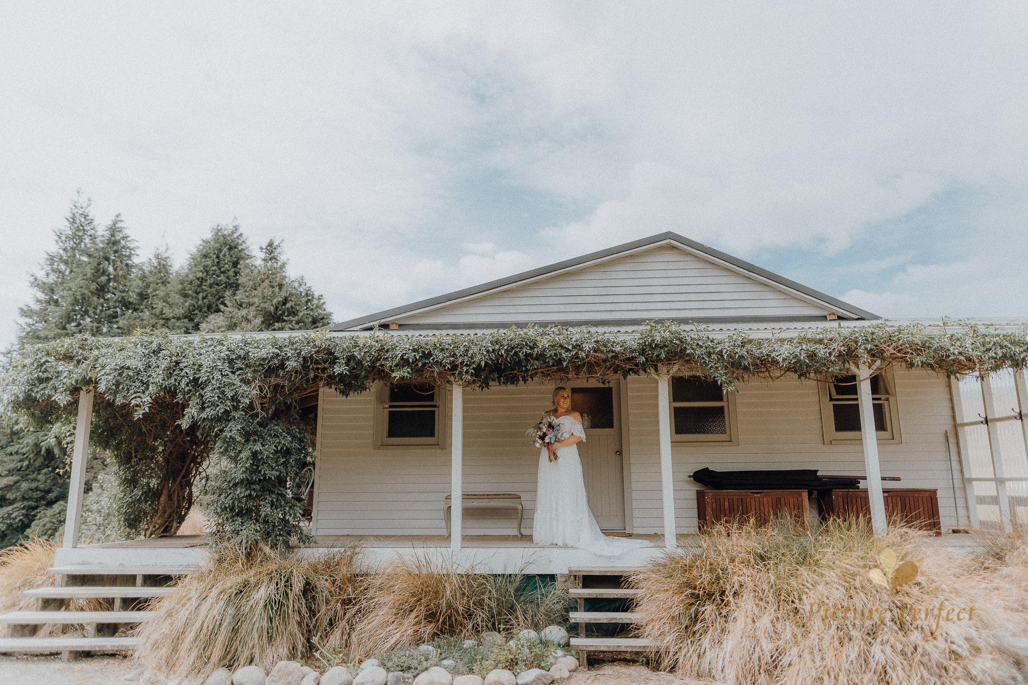 Palmerston North wedding photographer with Monique 0084