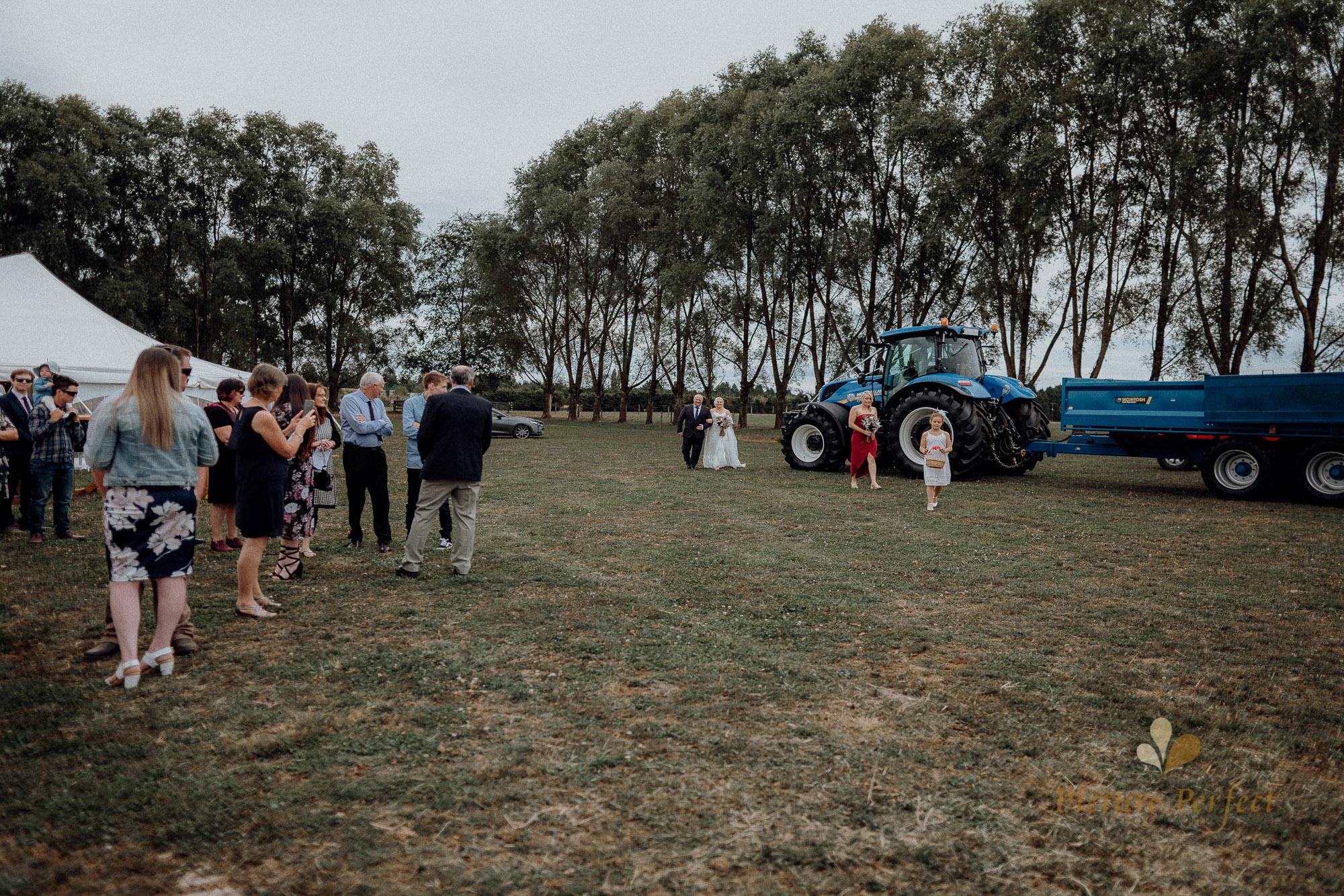 Palmerston North wedding photographer with Monique 0106