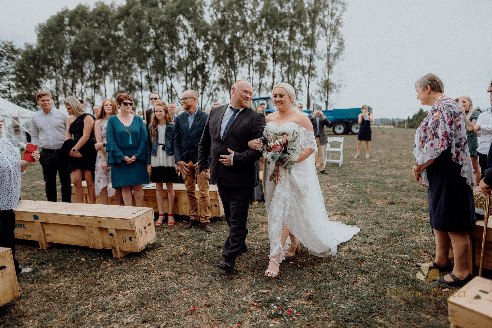 Palmerston North wedding photographer with Monique 0109