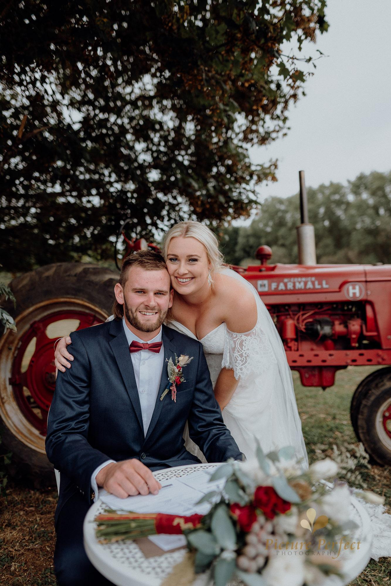 Palmerston North wedding photographer with Monique 0135