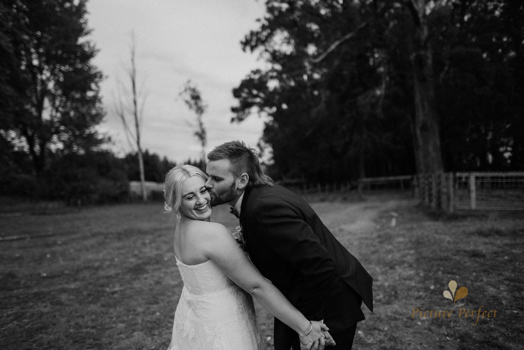 Palmerston North wedding photographer with Monique 0191