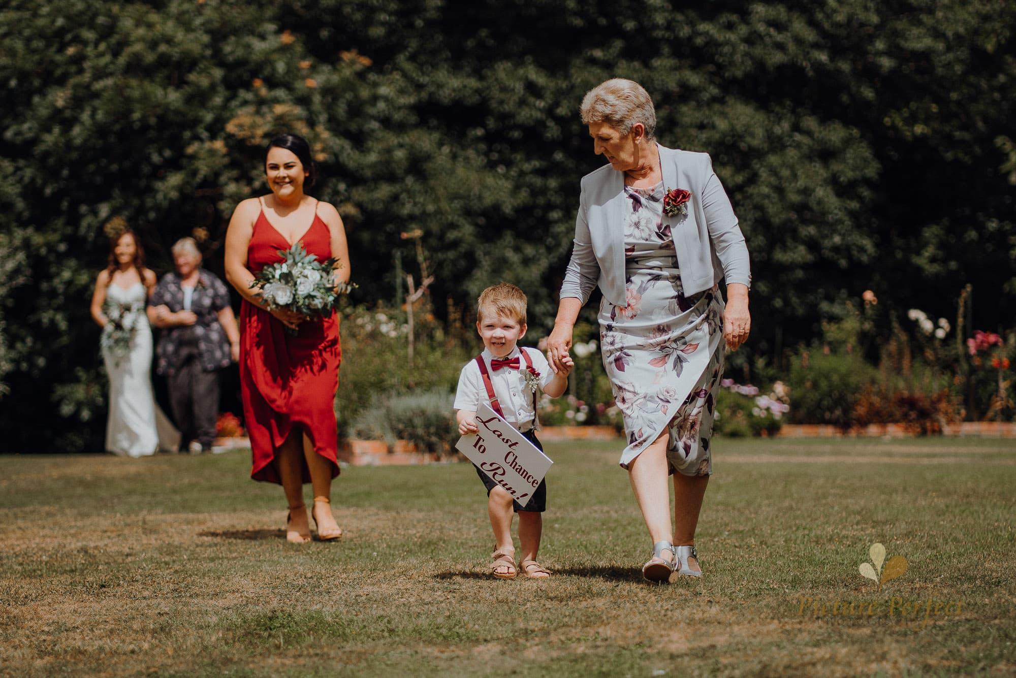 Roseburb Park wedding of Casey 1277