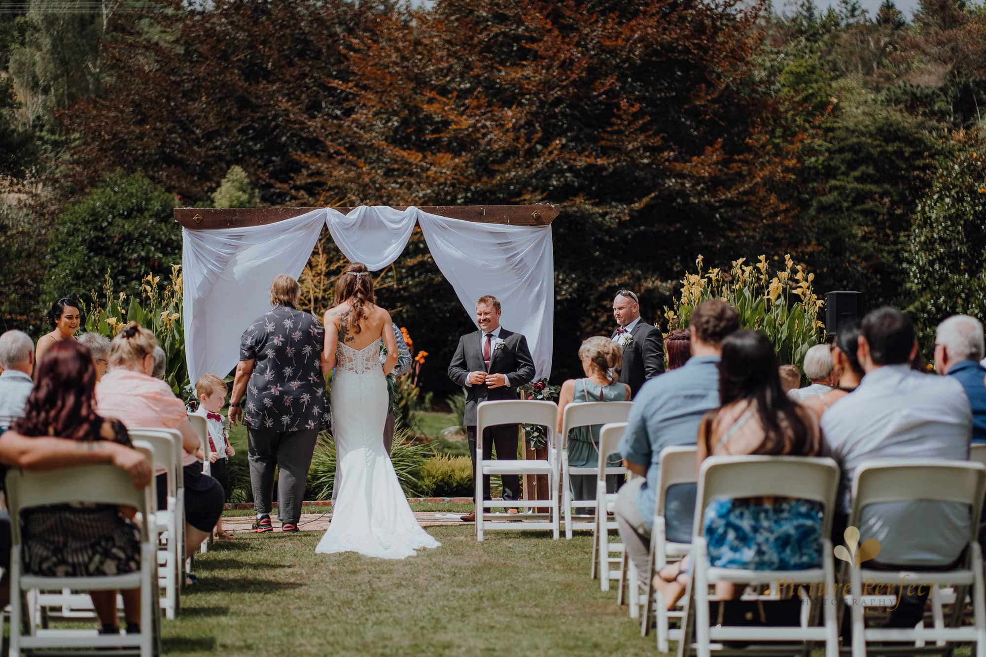 Roseburb Park wedding of Casey 1315