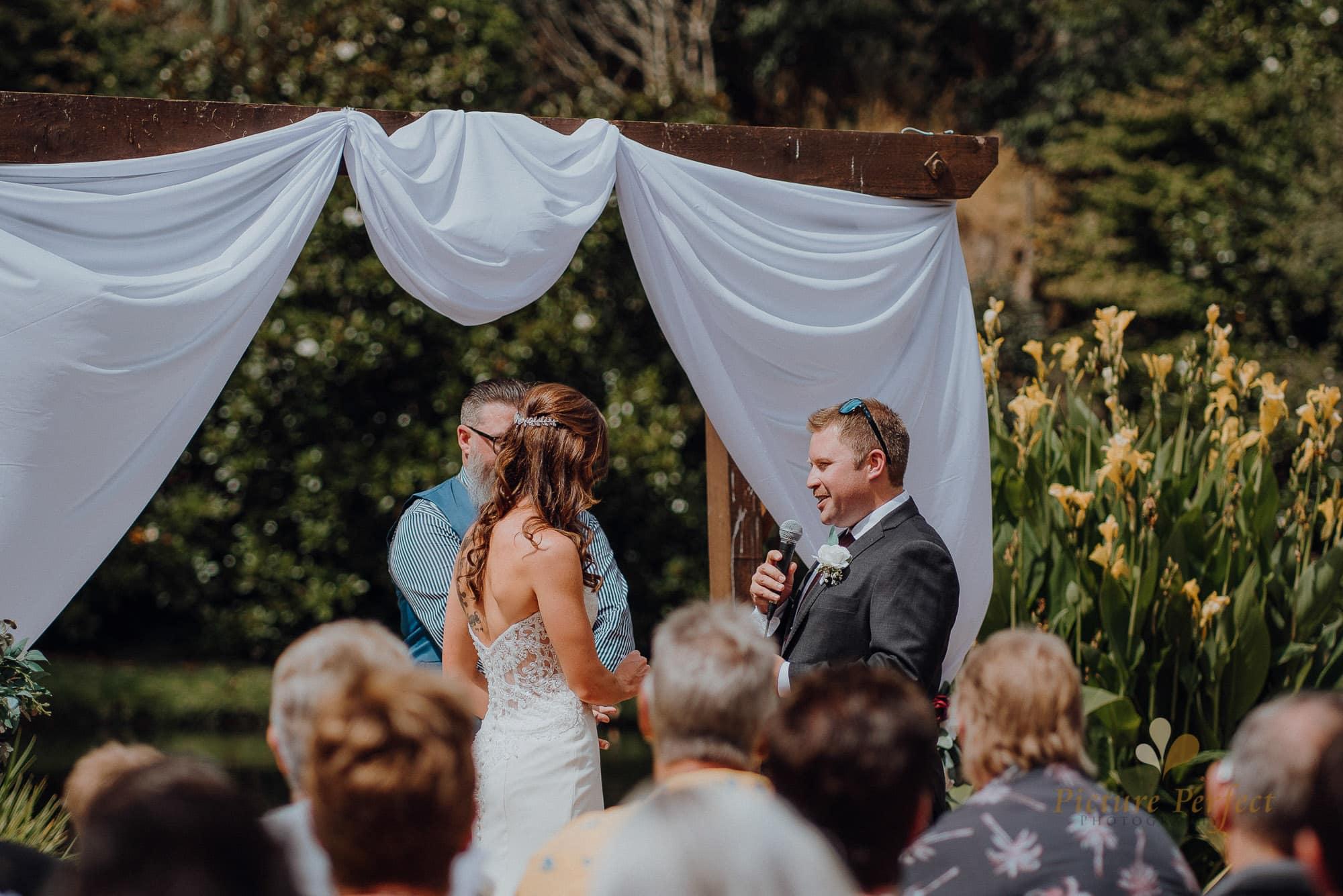 Roseburb Park wedding of Casey 1429