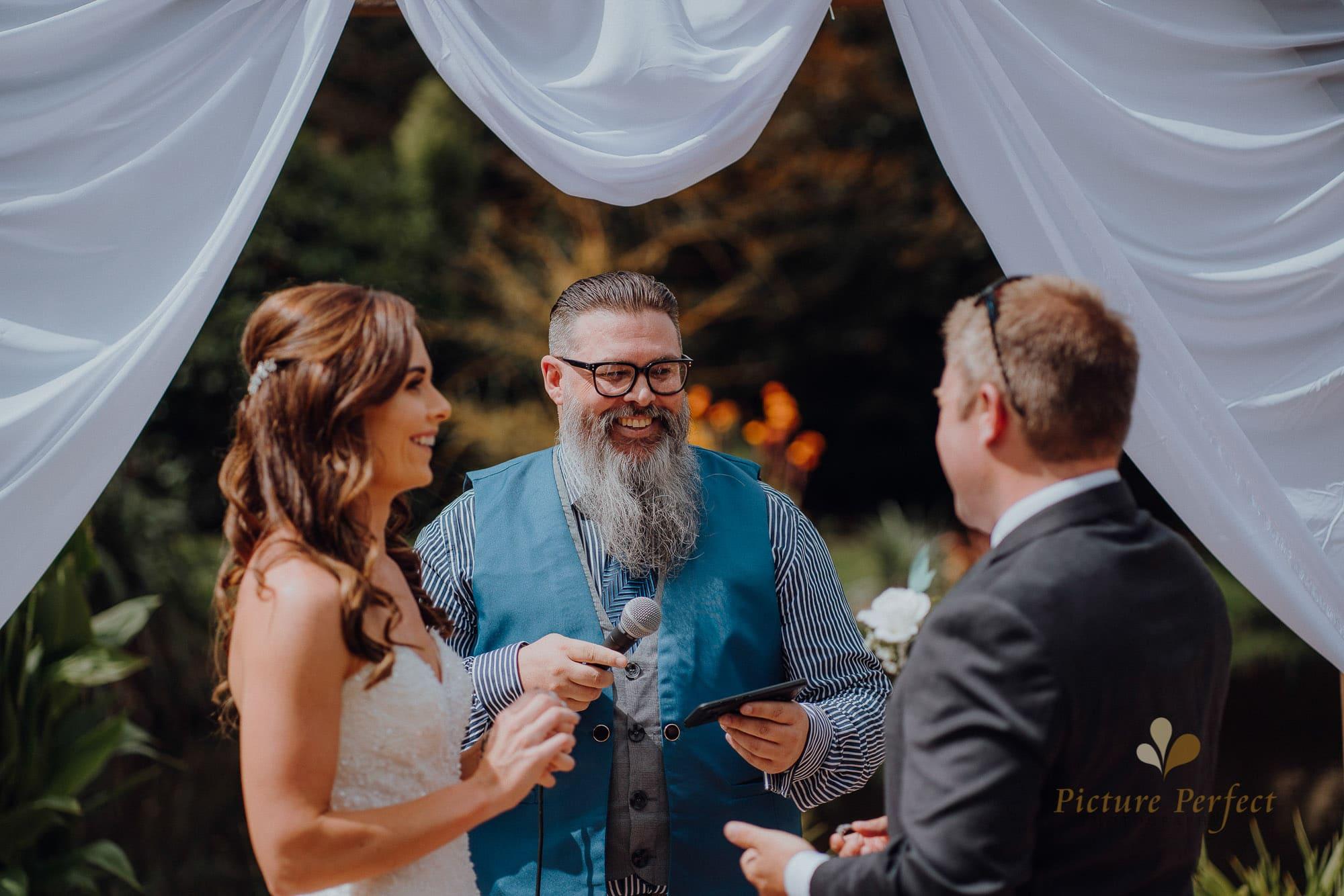 Roseburb Park wedding of Casey 1450