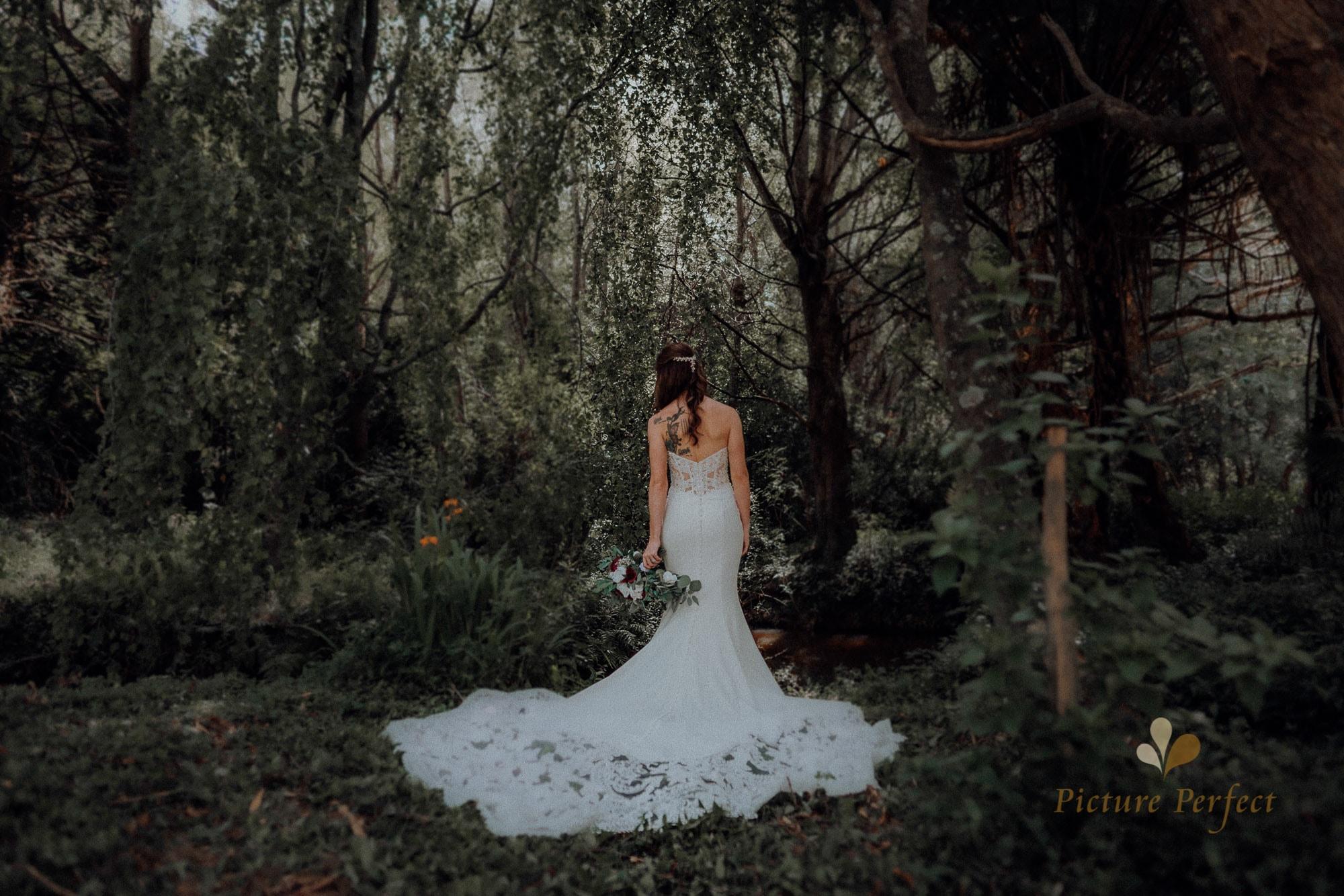 Roseburb Park wedding of Casey 2725