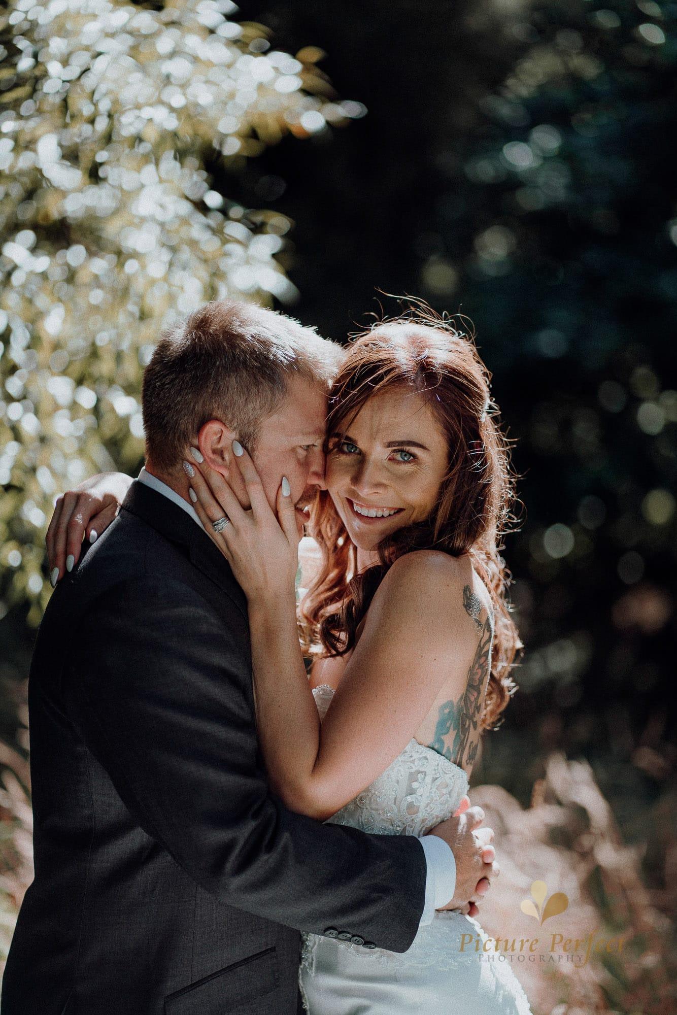 Roseburb Park wedding of Casey 3175