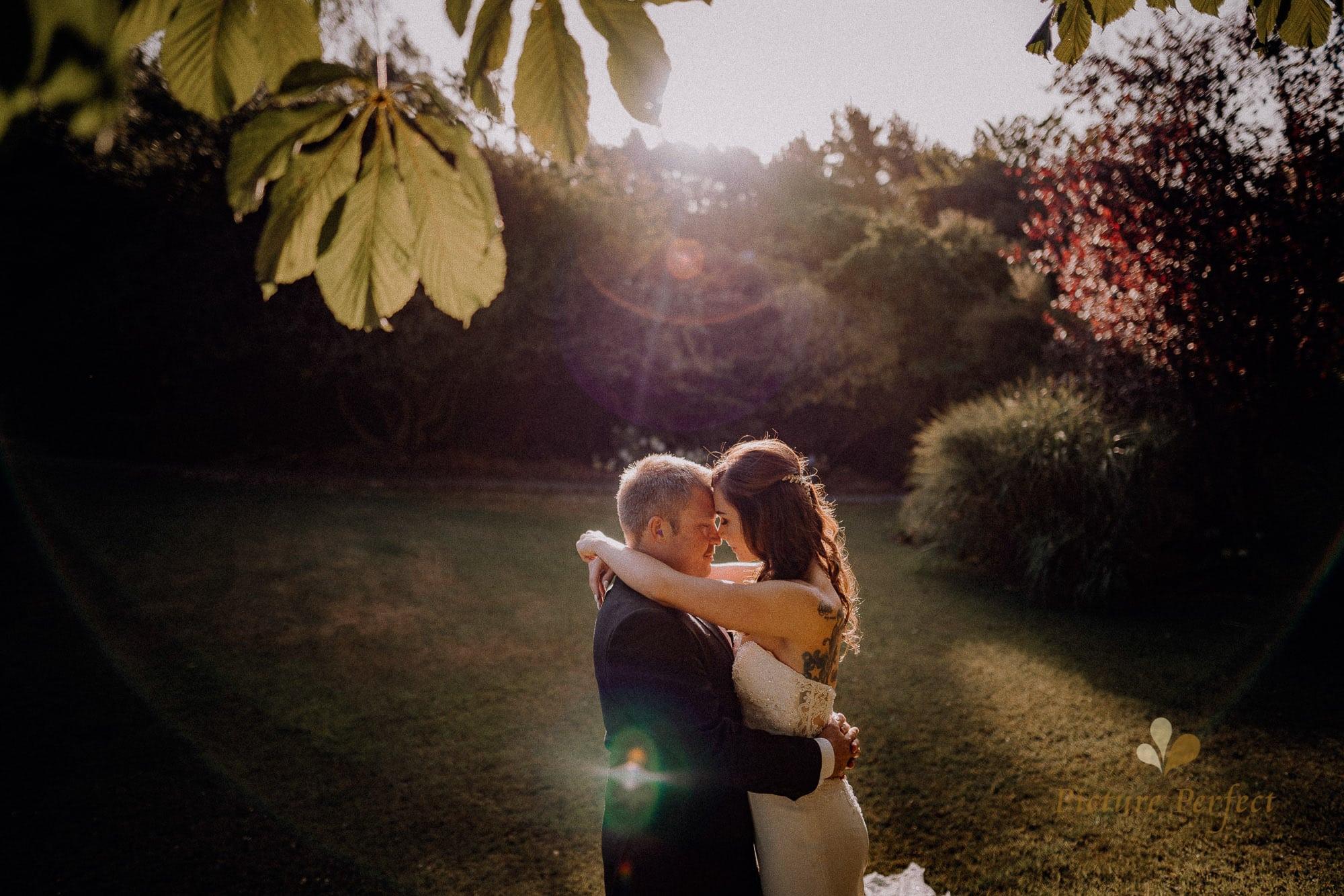 Roseburb Park wedding of Casey 4601