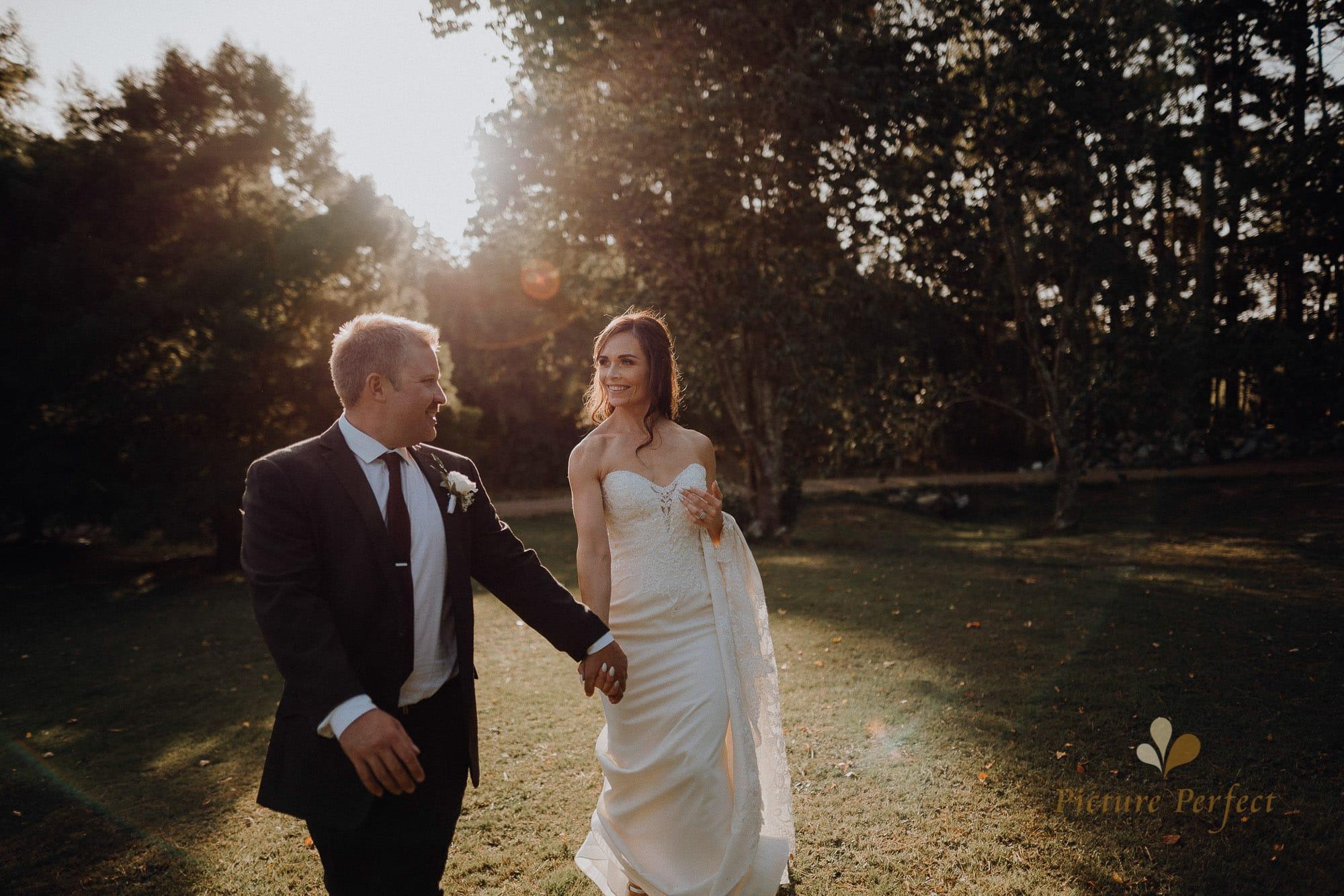 Roseburb Park wedding of Casey 5096