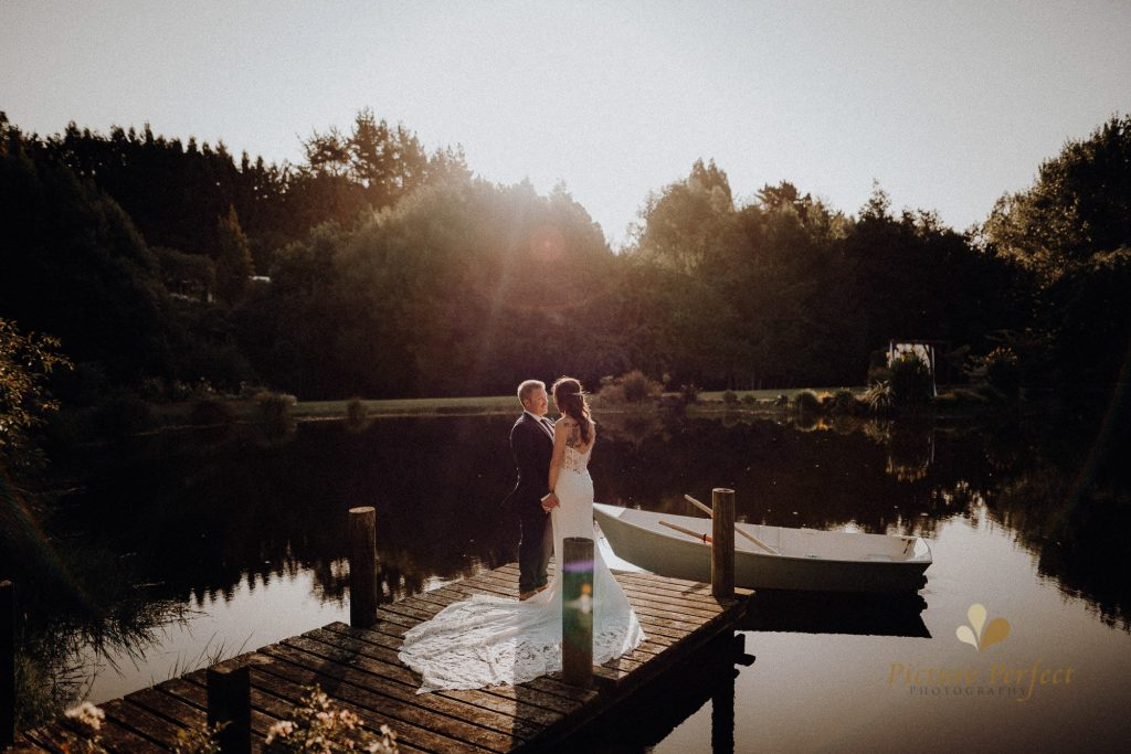 Palmerston North wedding photographer at Roseburn Park with Casey 01 wedding of Casey 5251_