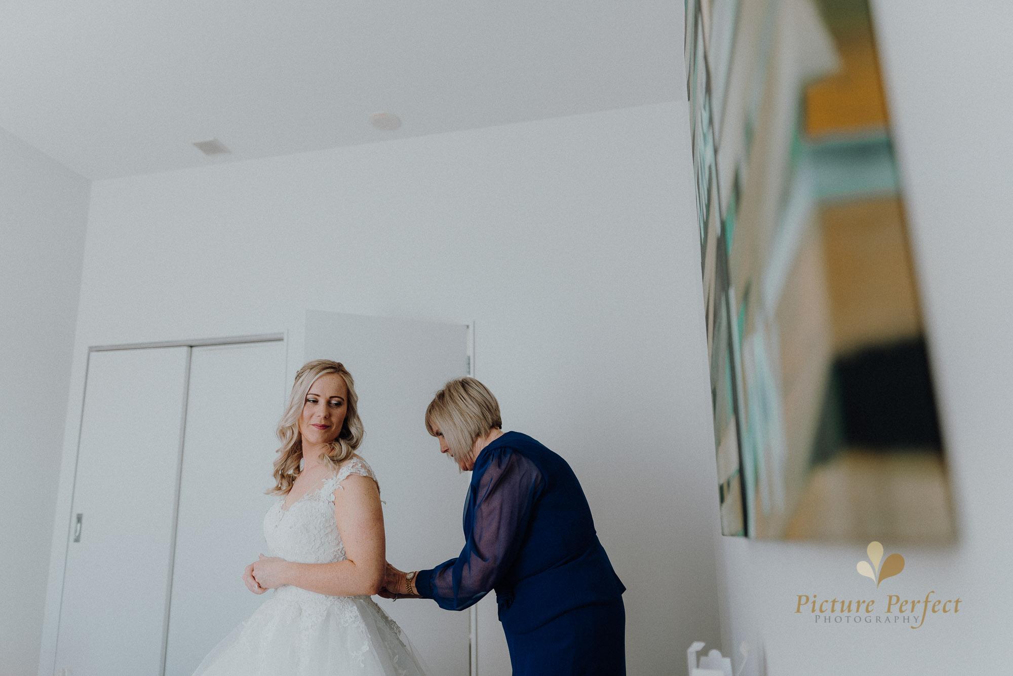 Wellington wedding photography with Sam and Nicole0248