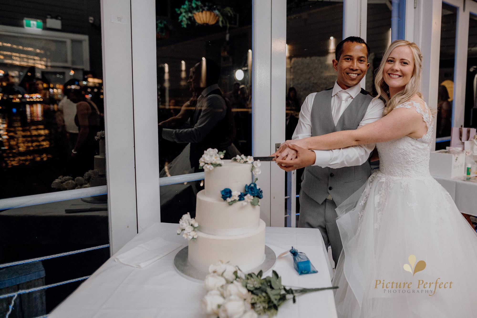 Wellington wedding photography with Sam and Nicole1149