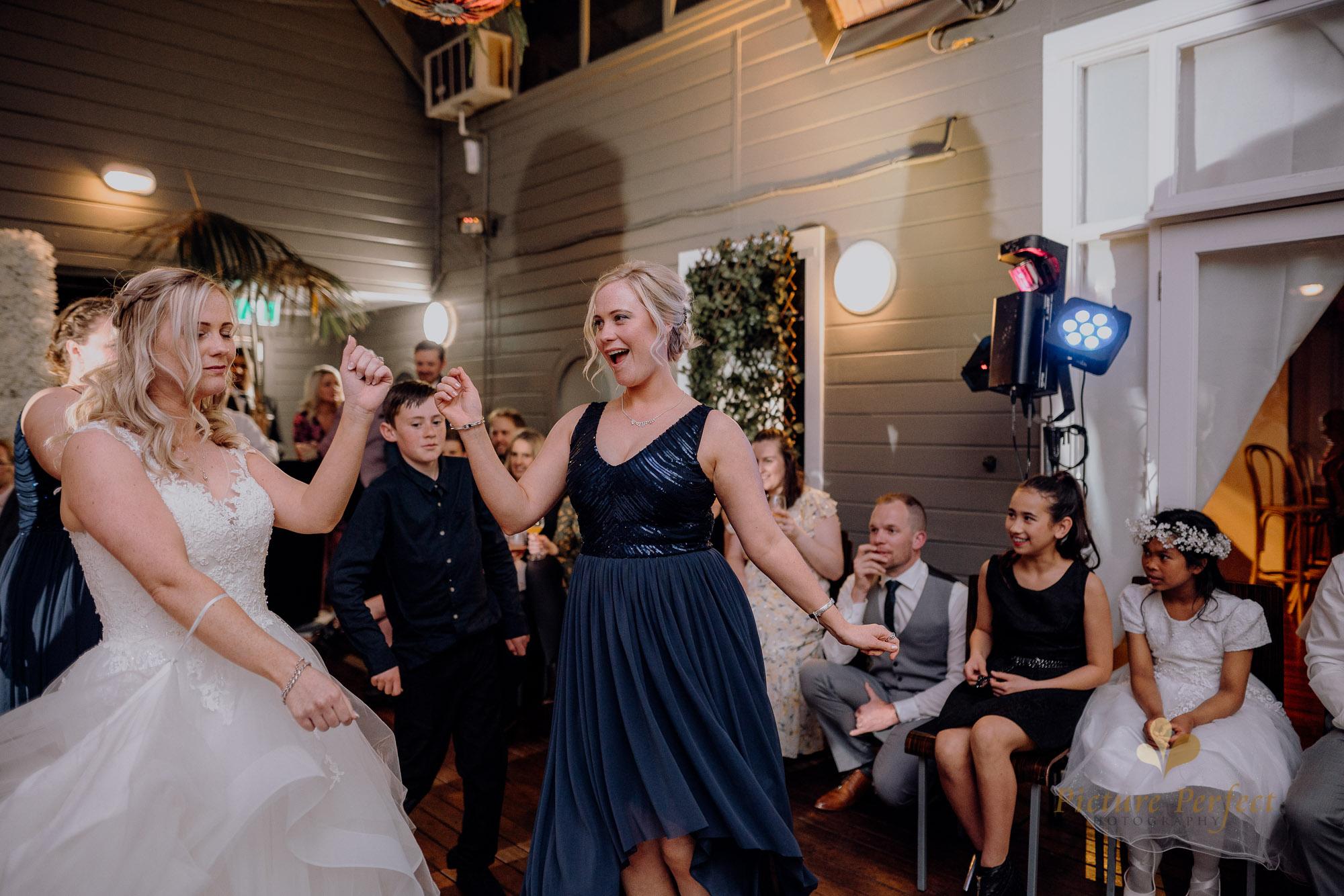 Wellington wedding photography with Sam and Nicole1177