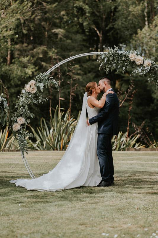 Wanganui wedding of Georgia and Josh at Basin Reserve 0105