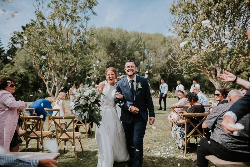 Wanganui wedding of Georgia and Josh at Basin Reserve 0106