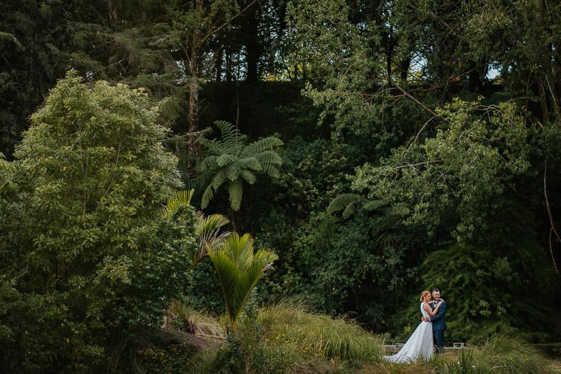 Wanganui wedding of Georgia and Josh at Basin Reserve 0200