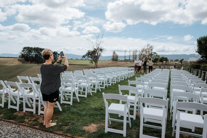Hamilton farm wedding photography of Amber and Vincent 1039