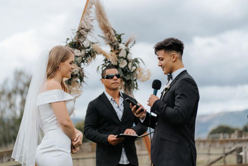 Hamilton farm wedding photography of Amber and Vincent 1297