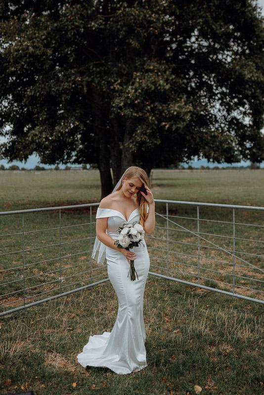 Hamilton farm wedding photography of Amber and Vincent 1556