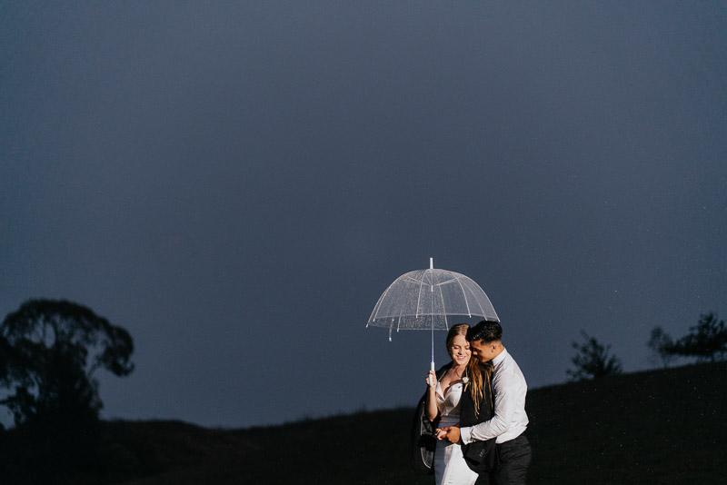 Hamilton farm wedding photography of Amber and Vincent 2053