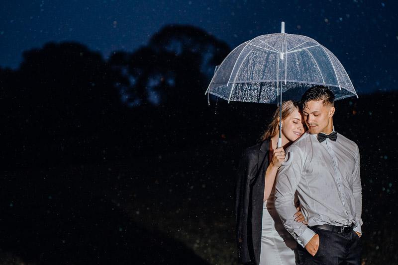 Hamilton farm wedding photography of Amber and Vincent 2056