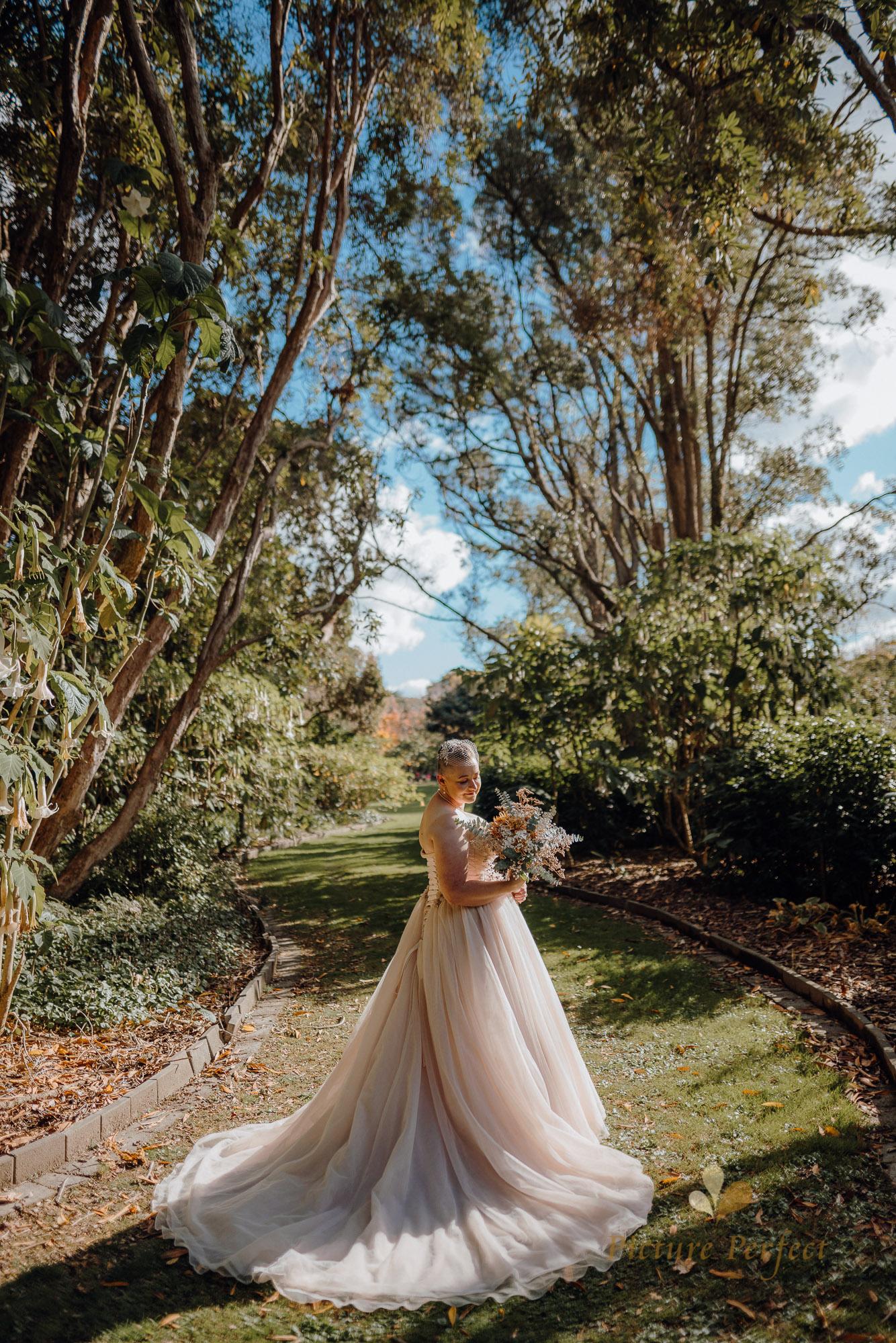 Manawatu beach bridal photography during golden hour with Tina 0006
