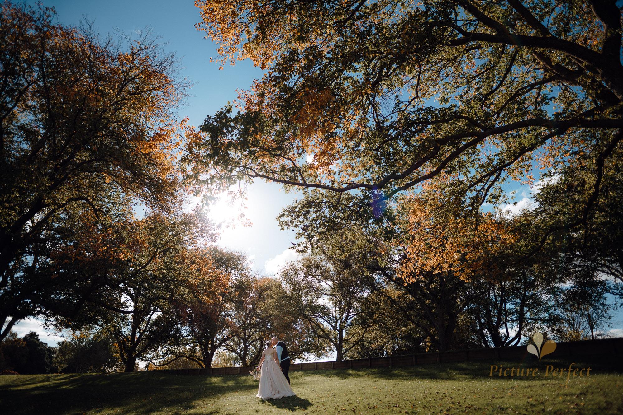 Manawatu beach bridal photography during golden hour with Tina 0025