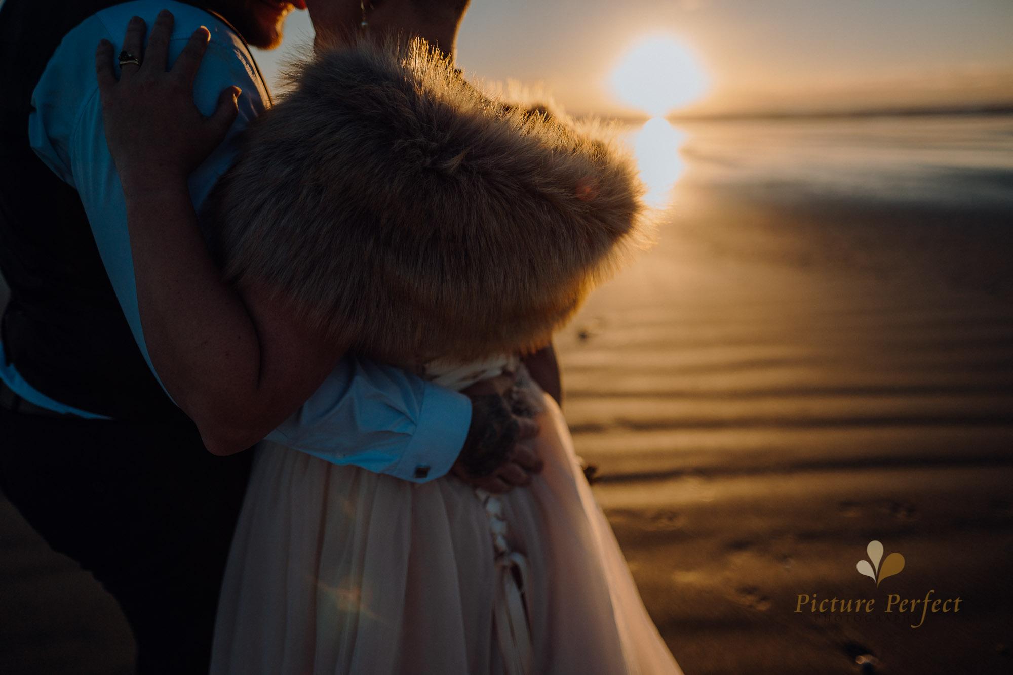 Manawatu beach bridal photography during golden hour with Tina 0047